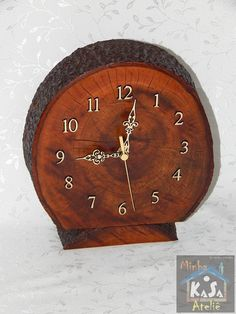 Rustic Art, Wood Clocks, Wooden Lamp, Wood Gifts, Lamp Design, Wood Projects, Decoupage, Lights, Wood Wall