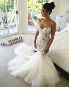 Low Back Lace Mermaid Wedding Dress with Spaghetti Straps