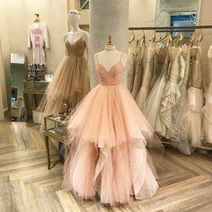 this princess wedding dress is so chic!love it !