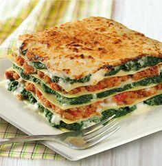 Lasagne met spinazie en gehakt I Love Food, Good Food, Yummy Food, Snack Recipes, Dinner Recipes, Healthy Recipes, How To Cook Pasta, No Cook Meals, Health Foods