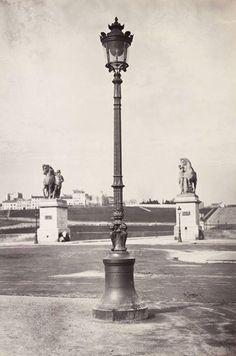 1868 - Pont d'Iena et colline de Chaillot. (Marville) - On notera qu'il n'y a ni Palais du Troca, ni Tour Eiffel ...