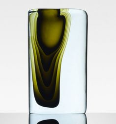 Antonio Da Ros, submerged glass. uses a complex technique to achieve the polychromatic effect of a seabed by overlapping layers of colored glass.