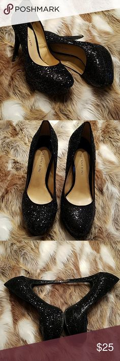 GIANNI BINI BLACK BLING GLITTER PUMPS GIANNI BINI BLACK BLING GLITTER PUMPS. WORN ONCE TO A GALA AT THE CAPITAL. EXCELLENT PRELOVED 1X CONDITION. LONG DRESS AND NEED HEIGHT? PERFECT HEELS! Gianni Bini Shoes