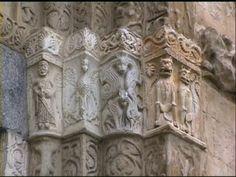 Capitello della Basilica di San Michele a Pavia.  L'Aquila può essere legata al potere imperiale
