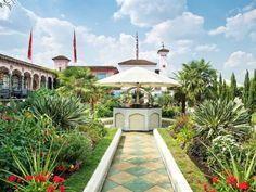 Breathtaking rooftop gardens around the world: Kensington Roof Gardens, London, UK