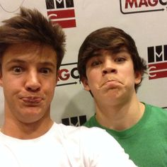 Cameron Dallas and Hayes Grier haha