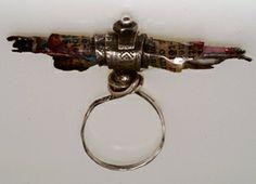 Susan Lenart Kazmer : Mixed Media Jewelry