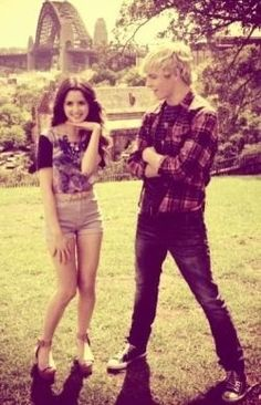 Ross Lynch and Laura Marano land in Australia~