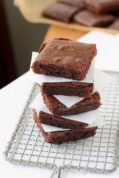 Brownies by Xiaolu // 6 Bittersweets, via Flickr