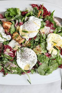 Instead of starting his day with traditional eggs Benedict, Food & Wine's Justin Chapple opts for this healthier salad. To mimic hollandaise, he makes a richly flavored yogurt dressing, and he tosses that with greens, torn ham and crunchy English muffin croutons. It's a deeply satisfying and healthy alternative to heavier brunch options.#breakfastrecipes #brunchrecipes #breakfastideas #brunchideas Egg Recipes, Wine Recipes, Salad Recipes, Best Brunch Recipes, Breakfast Recipes, Egg Meals, Vegetarian Recipes, Healthy Recipes, Appetizer Salads