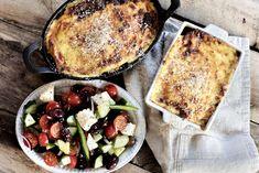 Moussaka og gresk salat Moussaka, Frisk, Baguette, Squash, Camembert Cheese, French Toast, Breakfast, Food, Morning Coffee