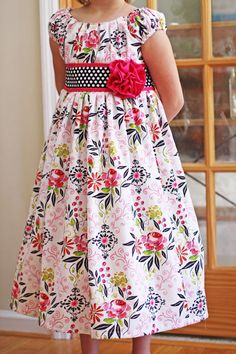 Beautiful Dress pattern by Olabelhe
