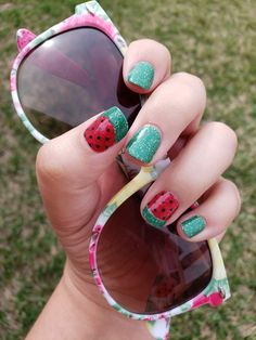 Grab Wisteria Lane and Queen of Green from Color Street to create this amazing cute watermelon manicure! Red and green watermelon nails! So cute and easy! Nail Color Combos, Toe Nail Color, Color Street Nails, Nail Colors, Watermelon Nail Designs, Watermelon Nail Art, Green Watermelon, Toe Nails, Pink Nails