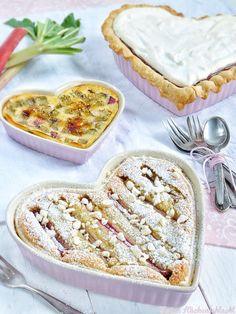 Meine Küchenschlacht: Dreierlei vom Rhabarber zu Muttertag { Meringe Pie, Blätterteig Frangipane Tarte & Clafoutis }