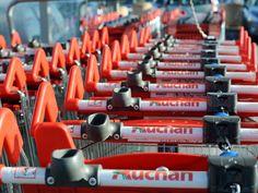 Auchan France a organisé ce matin une conférence pour annoncer un plan stratégique, dans un contexte de difficultés dans l'Hexagone. Résultat: un plan d'1,3 milliard d'euros dans les trois ans, dont les conséquences restent vagues.