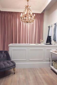 New bridal shop interior design color schemes 42 ideas Bridal Boutique Interior, Boutique Interior Design, Boutique Decor, Interior Shop, Boutique Ideas, Interior Design Color Schemes, Etagere Design, Hair Salon Interior, Beauty Salon Decor