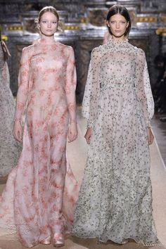 Valentino Spring/Summer 2012 Couture | Wedding Inspirasi