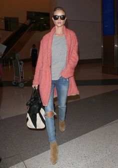 Rosie Huntington-Whiteley in PAIGE Denim / Verdugo in Beachwood Destructed