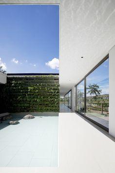 Casa HS by Studio Arthur Casas #architecture #design