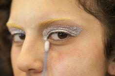 beleza-da-animale-delineado-de-glitter-spfw-n42-abc-de-beleza