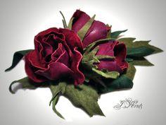 Leather flowers by krutsirina Cloth Flowers, All Flowers, Fabric Flowers, Paper Flowers, Laser Cut Leather, Leather Art, Leather Jewelry, Ribon Embroidery, Leather Flowers