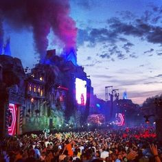 WANT to, NEED to, HAVE to go-Tomorrowland