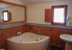 La Casona de Éboli - nº4 Corner Bathtub, Tan Solo, Bathroom, Madrid, Spa, Country Cottages, Fire Places, Lounges, Apartments