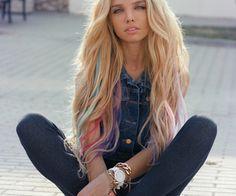 oke als ik weer zo lang haar heb dan wil ik dit echt echt zo mooi met die kleuren dus dat zou ik wel willen