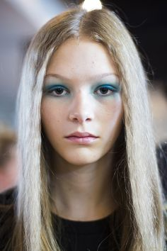 LFW: Blue Eyed Girl Spring/Summer 2016 Beauty Trend (Vogue.co.uk)
