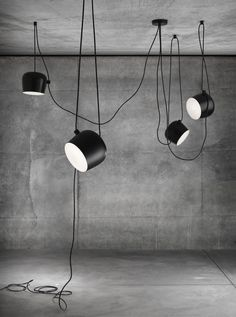 AIM pendant lamp By Flos design Ronan & Erwan Bouroullec Industrial Lighting, Interior Lighting, Modern Lighting, Lighting Design, Lighting System, Lighting Ideas, Industrial Style, Led Pendant Lights, Pendant Lighting