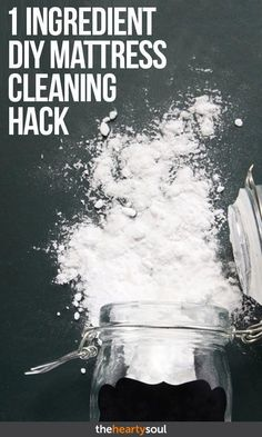 Why You Need to Pour Baking Soda On Your Mattress Once Every Month #BakingSodaShampooColoredHair #BakingSodaPowderUses #WhatCanYouUseBakingSodaFor #BakingPowderUses Baking Soda For Cooking, What Is Baking Soda, Baking Soda For Skin, Baking Soda Beauty Uses, Baking Soda Health, Baking Soda On Carpet, Baking Soda Water, Baking Soda Shampoo, Baking Soda Uses