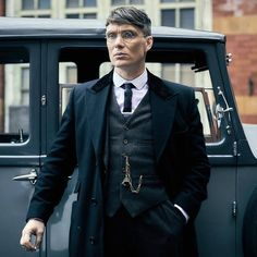 The insanely photogenic Cillian Murphy as Tommy in Peaky Blinders Peaky Blinders Tommy Shelby, Peaky Blinders Thomas, Cillian Murphy Peaky Blinders, Traje Peaky Blinders, Peaky Blinders Costume, Male Clothes, Cillian Murphy Tommy Shelby, Cillian Murphy Wife, Peaky Blinders Merchandise