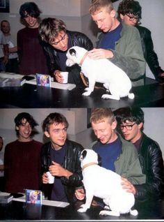 Blur with dog Damon Albarn, Things To Do With Boys, Boys Like, Gorillaz, Blur Band, Charlie Brown Jr, Graham Coxon, Going Blind, Blur Image