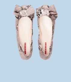 Cures my bow, prada, snake skin and ballet flat obsession all in ONE!