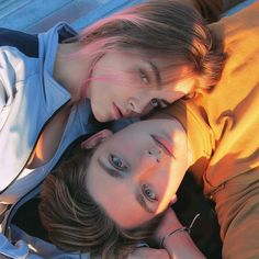 Our goal is to keep old friends, ex-classmates, neighbors and colleagues in touch. Cute Relationship Goals, Cute Relationships, Cute Couples Goals, Couple Goals, Couple Photography, Photography Poses, Bilal Hassani, Boy And Girl Best Friends, Ulzzang Couple
