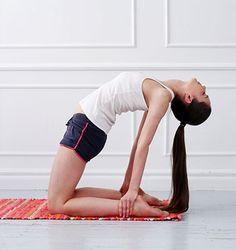 7 Yoga Übungen für Zuhause (15 Minuten!) + 10 Bonus Tipps für deine eigene Yoga Oase | ASANAYOGA.DE