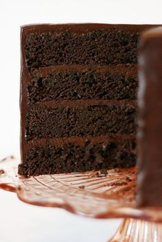 American Chocolate Mud Cake recipe from Cake Paper Party.