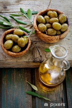 swieze oliwki - Google Search Olives, Olive Recipes, Cucumber Recipes, Food Pictures, Food Styling, Love Food, Great Recipes, Healthy Snacks, Food Photography