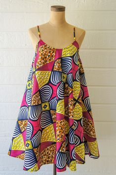 ankara mode Here are the Top sexy ankara fashion trends you need to try right now each of them are easy and we are certain your fashion designer can deliver African Fashion Designers, African Fashion Ankara, Latest African Fashion Dresses, African Print Fashion, Africa Fashion, African Style, African Dashiki, Short African Dresses, African Print Dresses