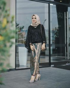 New Fashion Hijab Rok Hitam 35 Ideas New Fashion Hijab Rok Hitam 35 Ideas Fashio. New Fashion Hijab Rok Hitam 35 Ideas New Fashion Hijab Rok Hitam 35 Ideas Fashion Hijab Rok Hitam 3 Kebaya Lace, Kebaya Dress, Batik Kebaya, Batik Dress, Hijab Casual, Hijab Chic, Model Kebaya Brokat Modern, Kebaya Modern Hijab, Kebaya Hijab