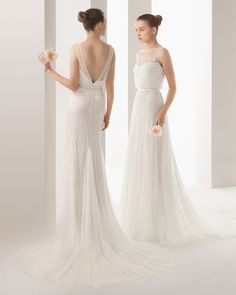 illusion neckline, tulle, V-back