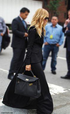 Street style - Rachel Zoe - back in black