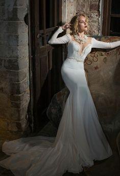 Gorgeous Julie Vino wedding dresses