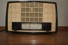 Vintage Philips Tube Radio BX135U Made IN Holland 1953 Bakelite