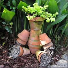 CONFESSIONS OF A PLATE ADDICT Tutorial: A Rustic Flower Pot Man for Your Garden
