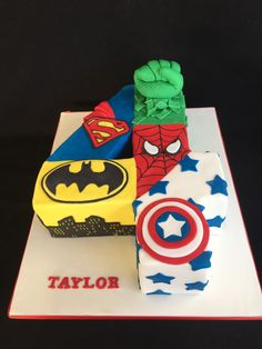 Avengers, Superman, Batman, the Hulk, Spiderman and Captain America cake