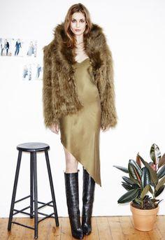 Nadja Bender Models Fall 2014 Lineup from H&M Studio Fur Fashion, World Of Fashion, Spring Fashion, Winter Fashion, Womens Fashion, Fashion Killa, Fashion Details, Fall Lookbook, Isabel Marant