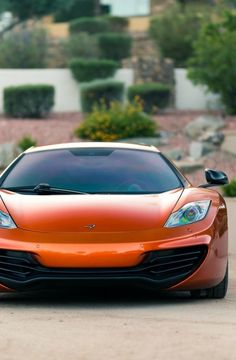 Minions, Mclaren 12c, Cool Sports Cars, Most Expensive Car, Car Tuning, Latest Cars, Car In The World, Car Wallpapers, Amazing Cars