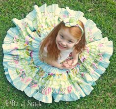 What a fun and pretty skirt project to sew on your serger! Stitch Bits: Carnation Skirt - a serger project!