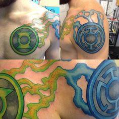 My best friends amazing Green Lantern and Blue Lantern Corps tattoo! Green Lantern Tattoo, Tattoos For Guys, Cool Tattoos, Sweet Tattoos, Blue Lantern Corps, Comic Book Tattoo, Lower Arm Tattoos, Green Lantern Hal Jordan, Fan Tattoo